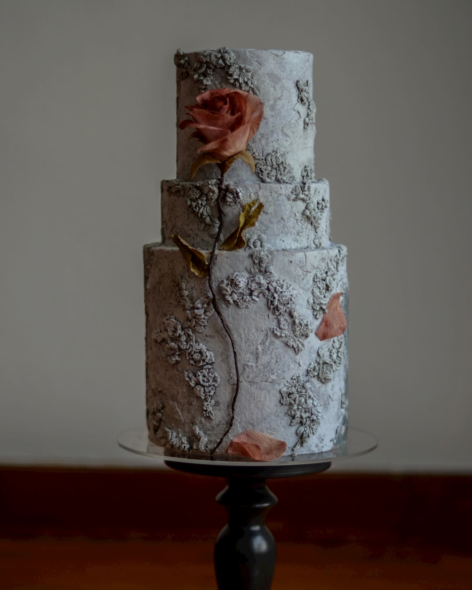 Roseraé Cakes Aged Stone