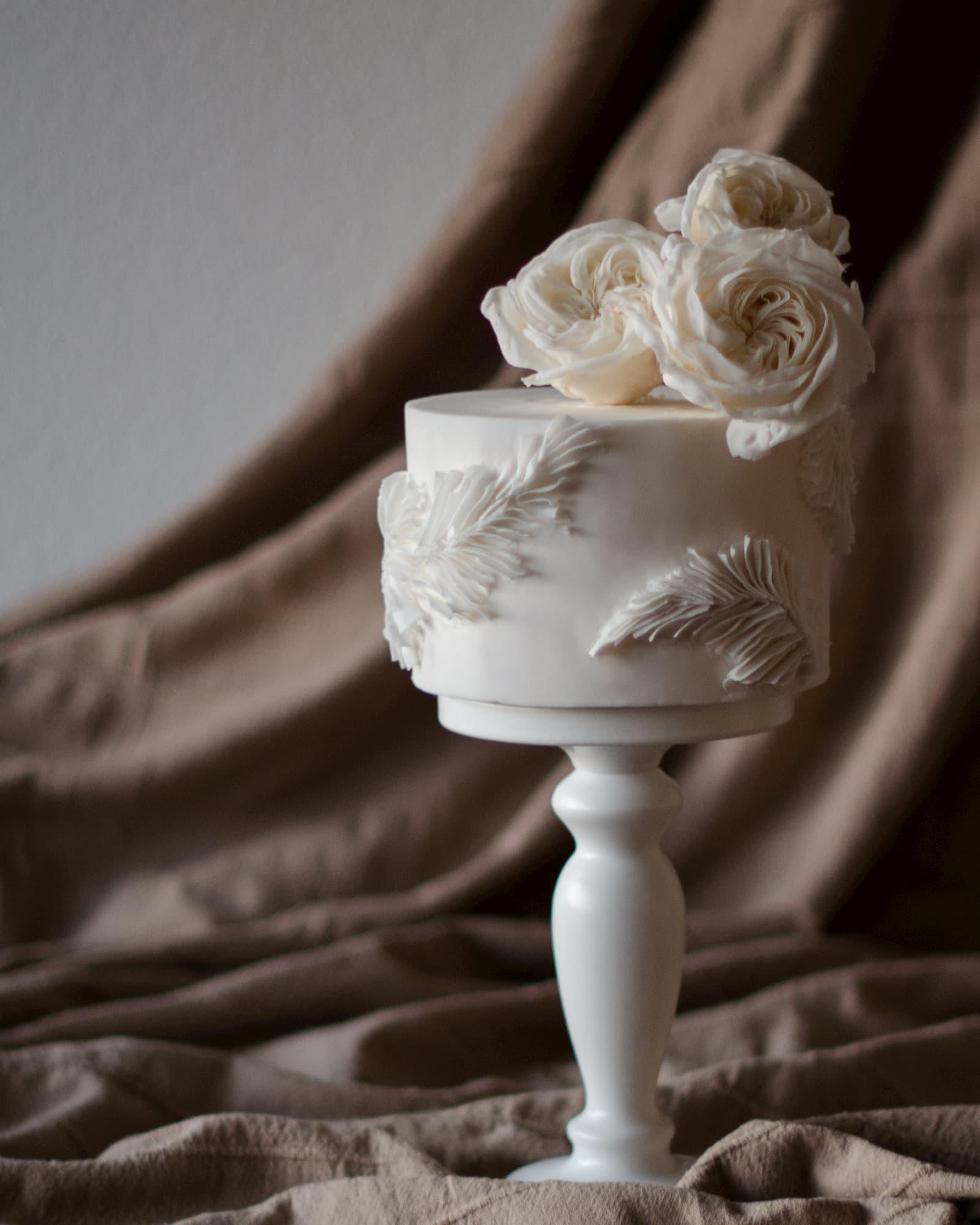 Roseraé Cakes Olivia Walker Inspired