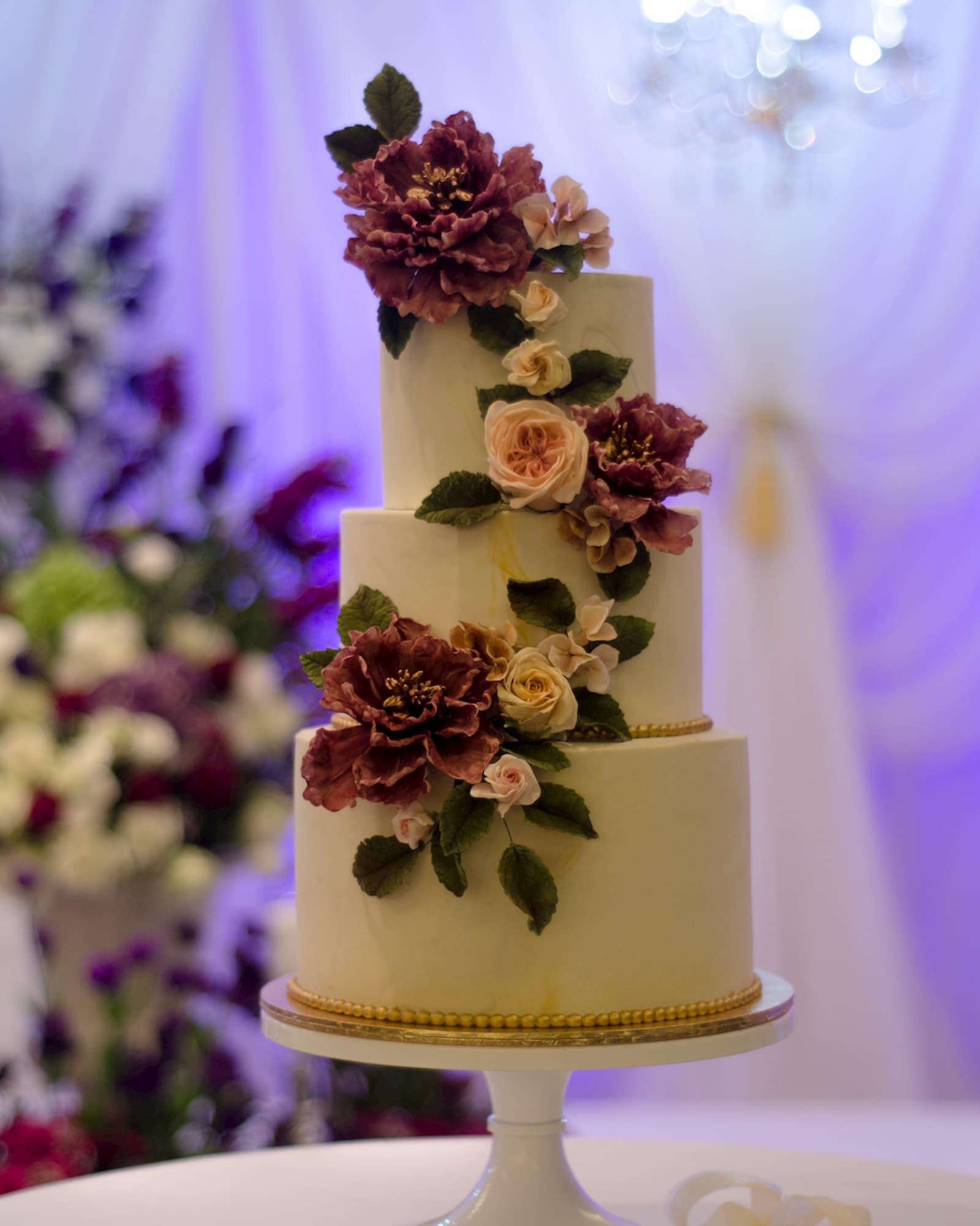 Roseraé Cakes Purple Peony Fantasy