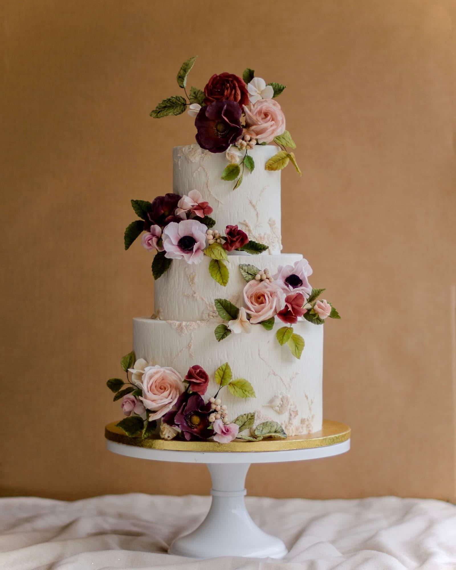 Roseraé Cakes Demure & Sweet